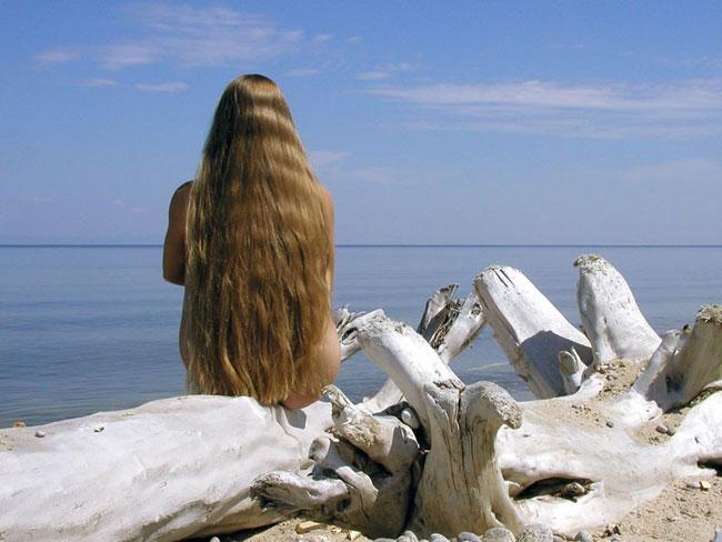 Несложные прически на длинные волосы