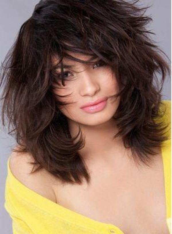 Романтические красивые прически на средние волосы