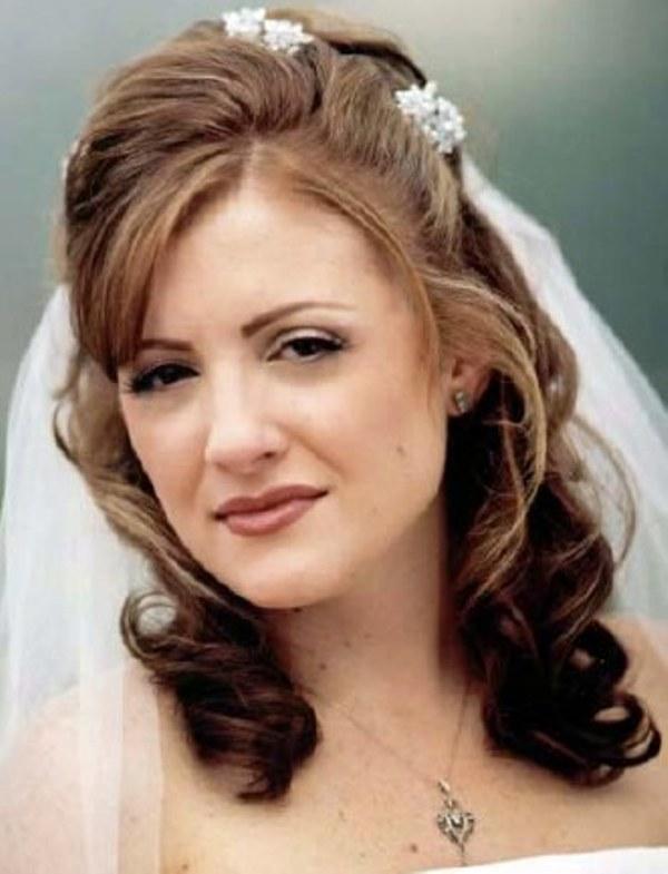 Прически свадебные с челкой – стильное решение для особого торжества