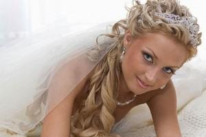 svadebnie-pricheski