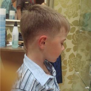 стрижка молодежная для мальчика фото